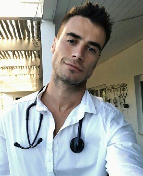 doctor atractivo