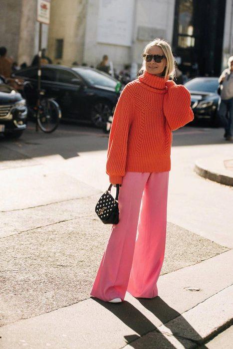 suéter coral