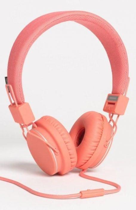 audífonos corales