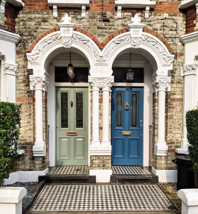 puerta estilo barroco