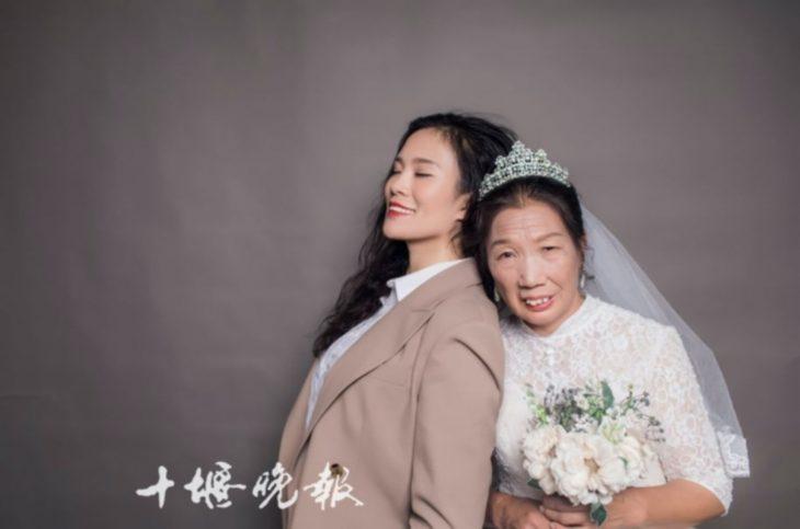 madre e hija sesión de bodas