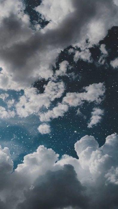 Cielo con nubes fondo de pantalla