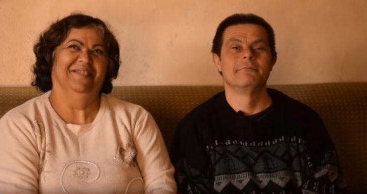 Hijo de padre con síndrome de down está orgulloso de su familia